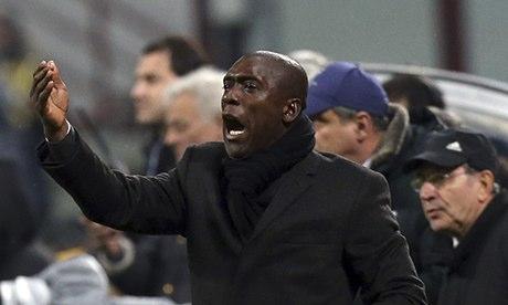 Seedorf va ramane la Milan