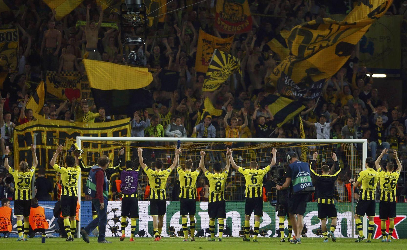 Dortmund e in finala