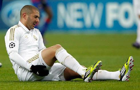 """Benzema ar putea rata ,,El Clasico"""""""