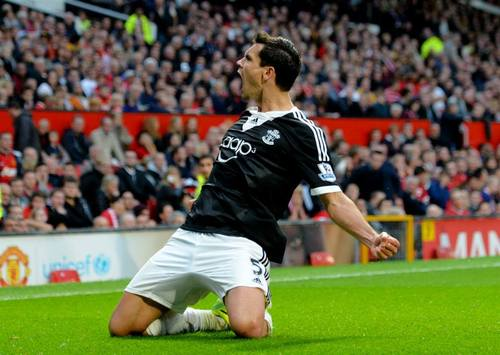 Liverpool doreste un fundas de la Southampton