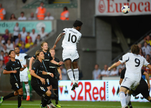 Arsenal, asalt la Michu si Bony