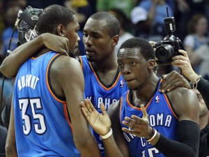 1398587818005-2014-04-26-Thunder-Grizzlies10