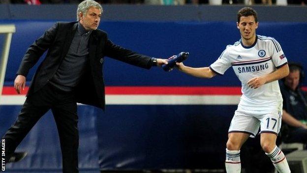 "Lineker: ""PSG îl va privi cu interes pe Hazard"""