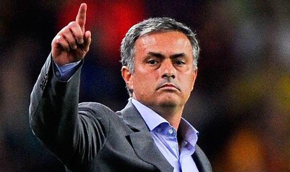 """United isi va reveni""- Jose Mourinho"