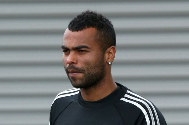 Ashley Cole critica arbitrajul