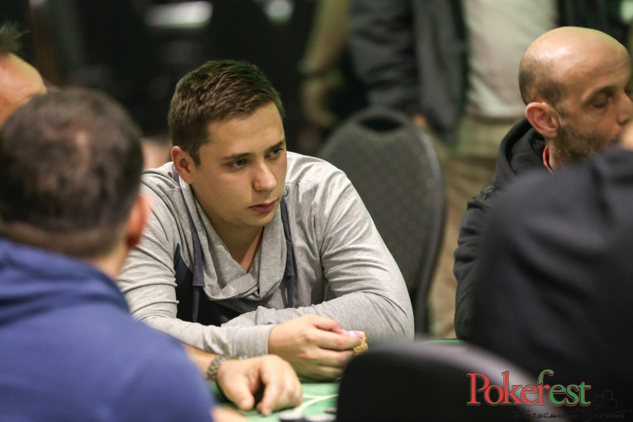 Pokerfest Noiembrie : Un jucator Ponturi Bune castiga ziua 1A