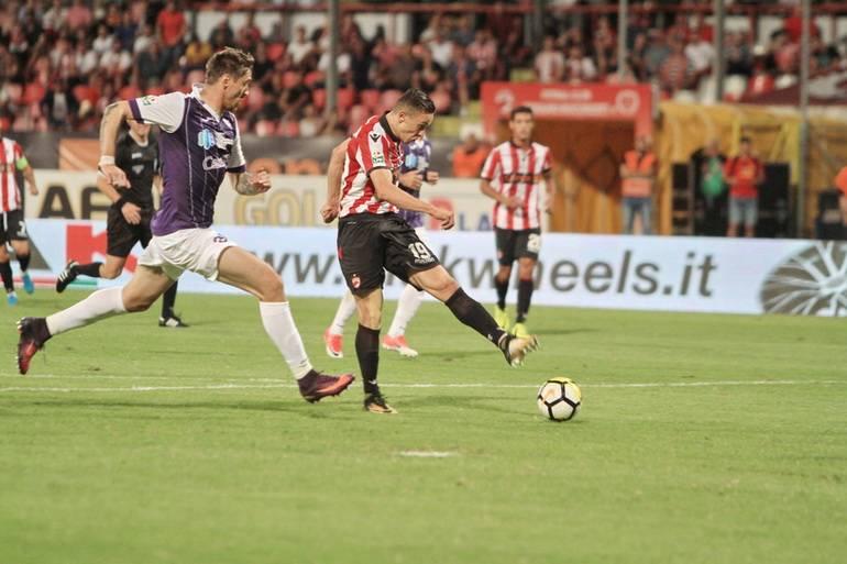Ponturi fotbal ACS Poli Timişoara – Dinamo Bucureşti – Liga 1 Betano