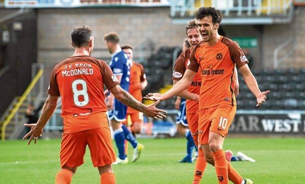 Ponturi fotbal Dundee United – Brechin – Divizia 1
